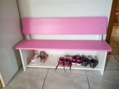 Kindersitzbank mit Schuhregal